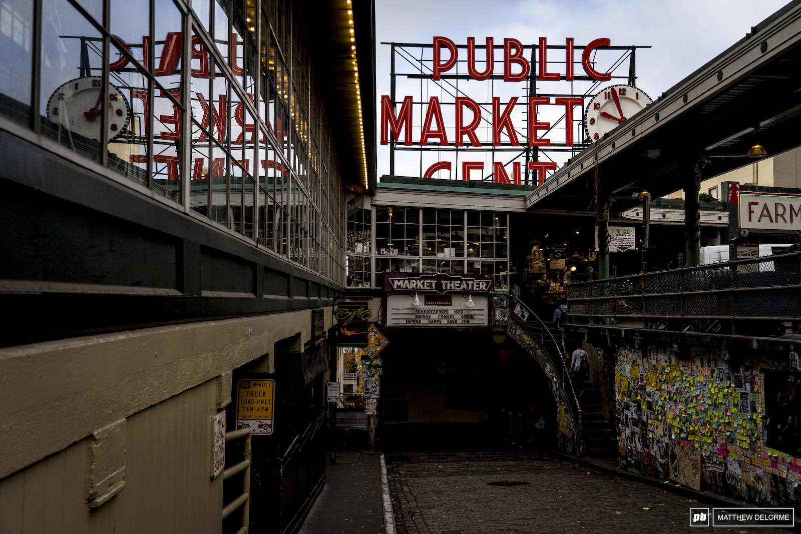 The iconic Pikes Place Public market fish mongers chuck salmon gun is stuck all over the alley wall and tourists mill about aimlessly to take selfies. There s also a pretty amazing Hum Bao at Mee Sum Pastry.