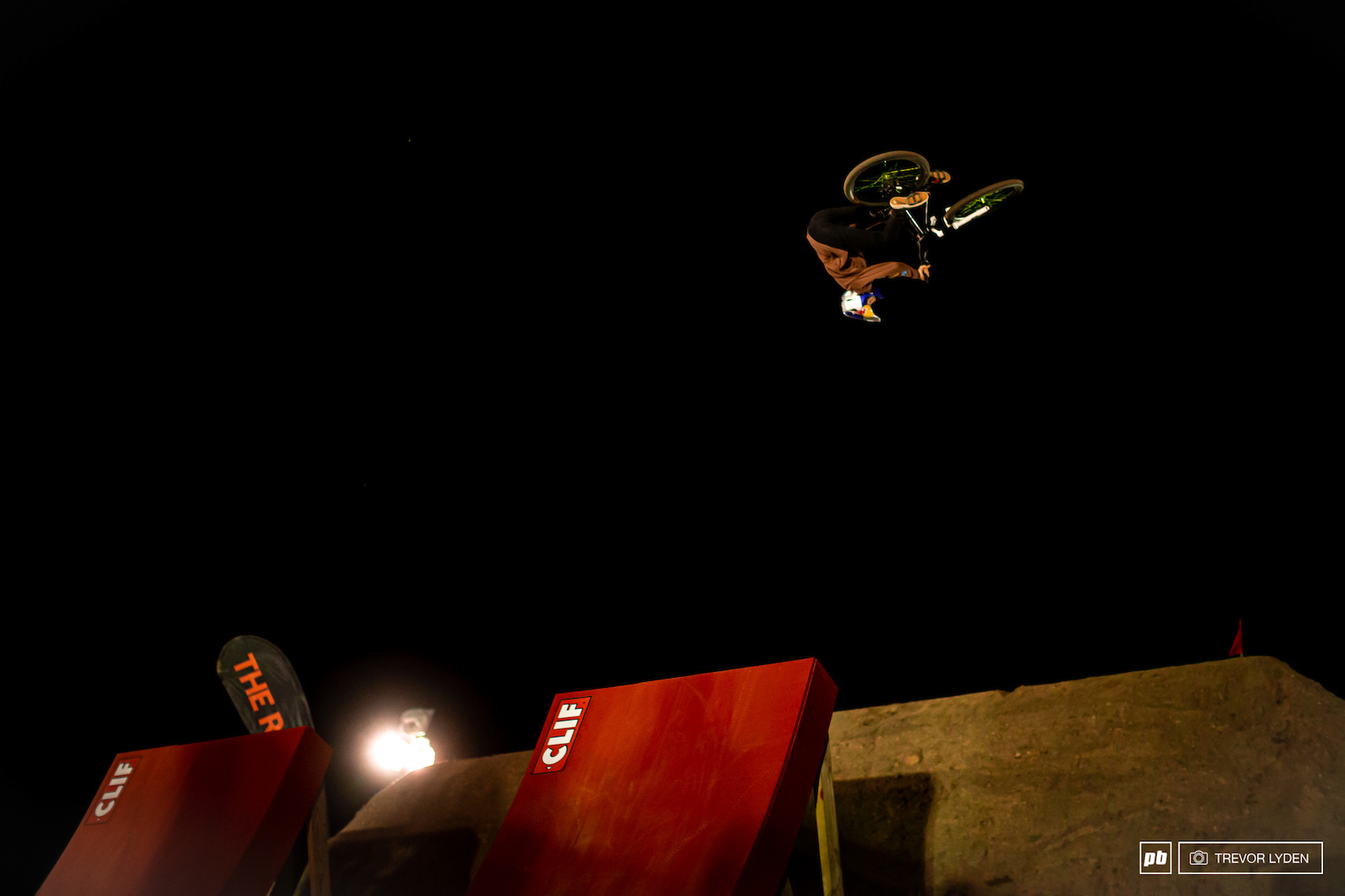Dawid Godziek with his cash-roll barspin to win best trick.