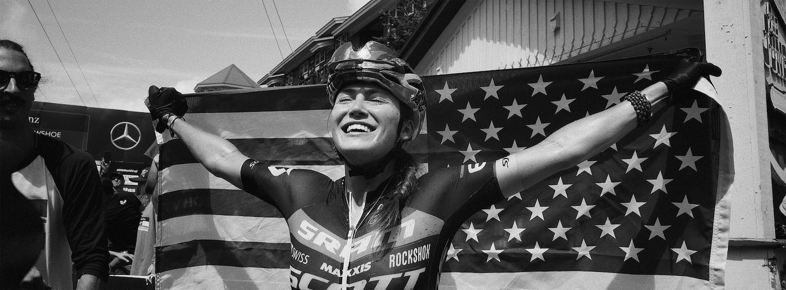 Kate Courtney taking the overall in her home country after a season of ups and downs.