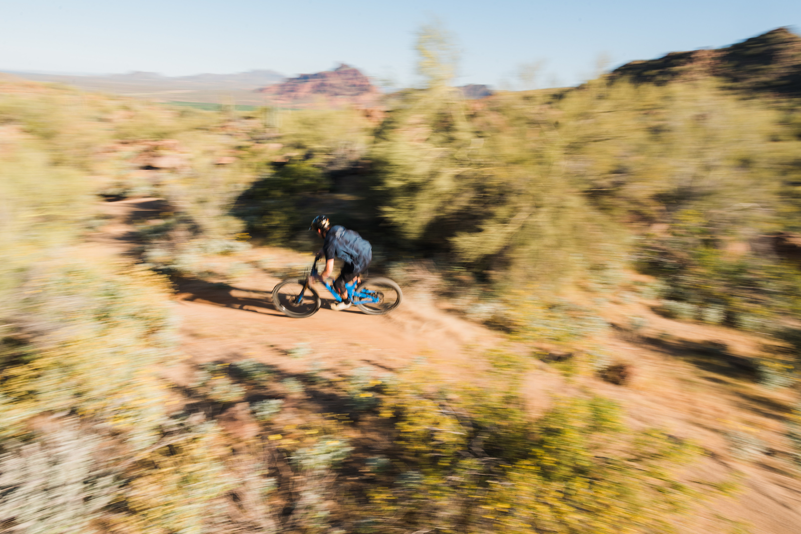 I ve been loving these spring rides in Phoenix. Flowers in full bloom beautiful weather and rocky trails that are as rocky as ever. This was from a casual Sunday ride with Jonny on the new Pivot Switchblade.