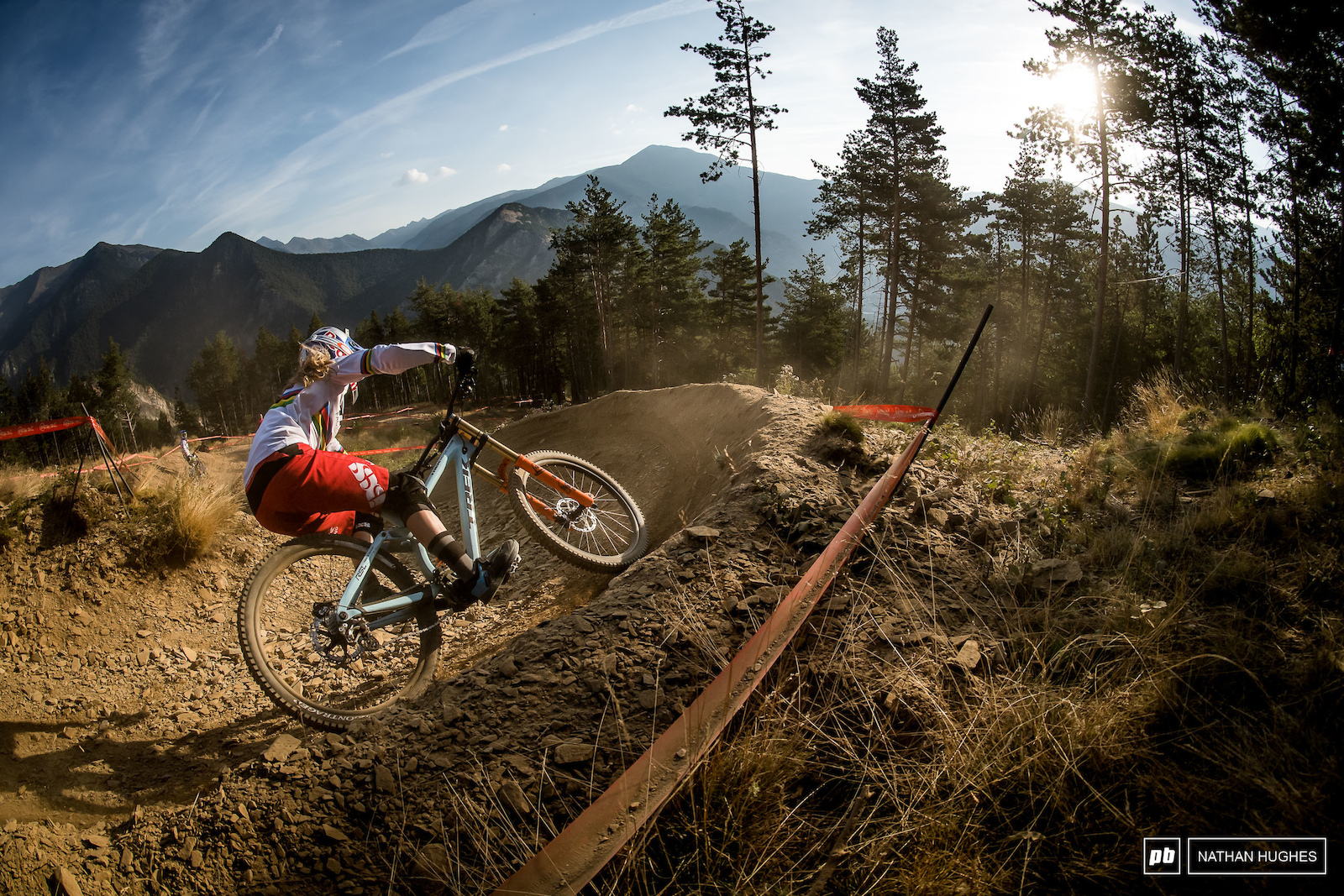 A 6.5 second winning margin for Rachel Atherton at Vallnord 2016.