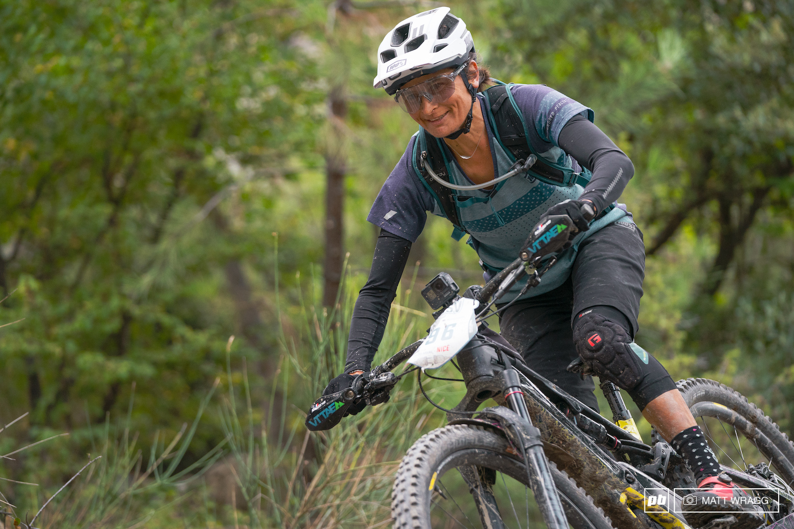 Nadine Sapin also took on both the E-EWS coming off second place behind Tracy Moseley to take the victory at the Trans V.