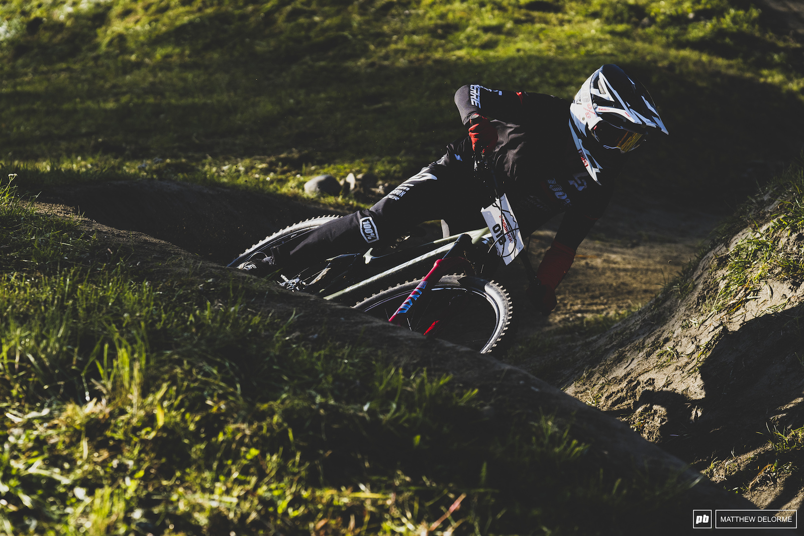 Adrien Dailly hot off the EWS tracks and onto DS.