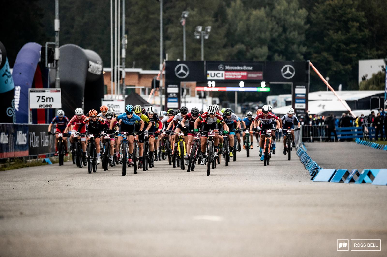 The U23 women kick off the XCO racing action here in Nove Mesto.