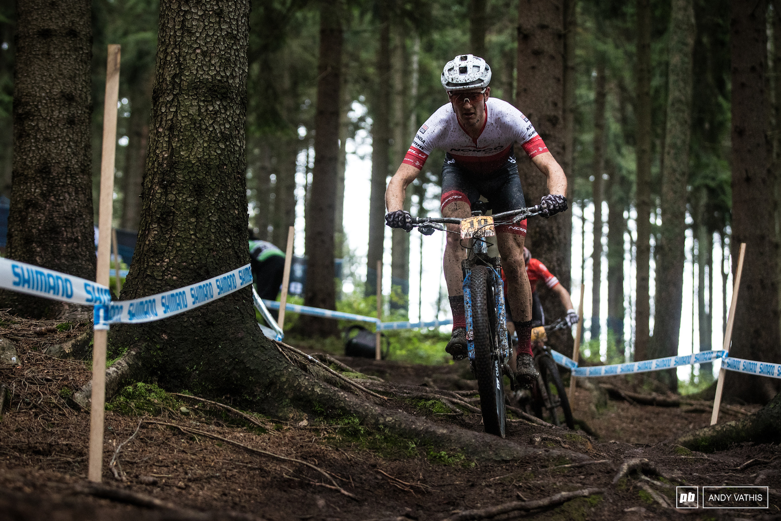 Sean Fincham had a great start and even lead for a short while. He d eventually get caught and settle for fifth.