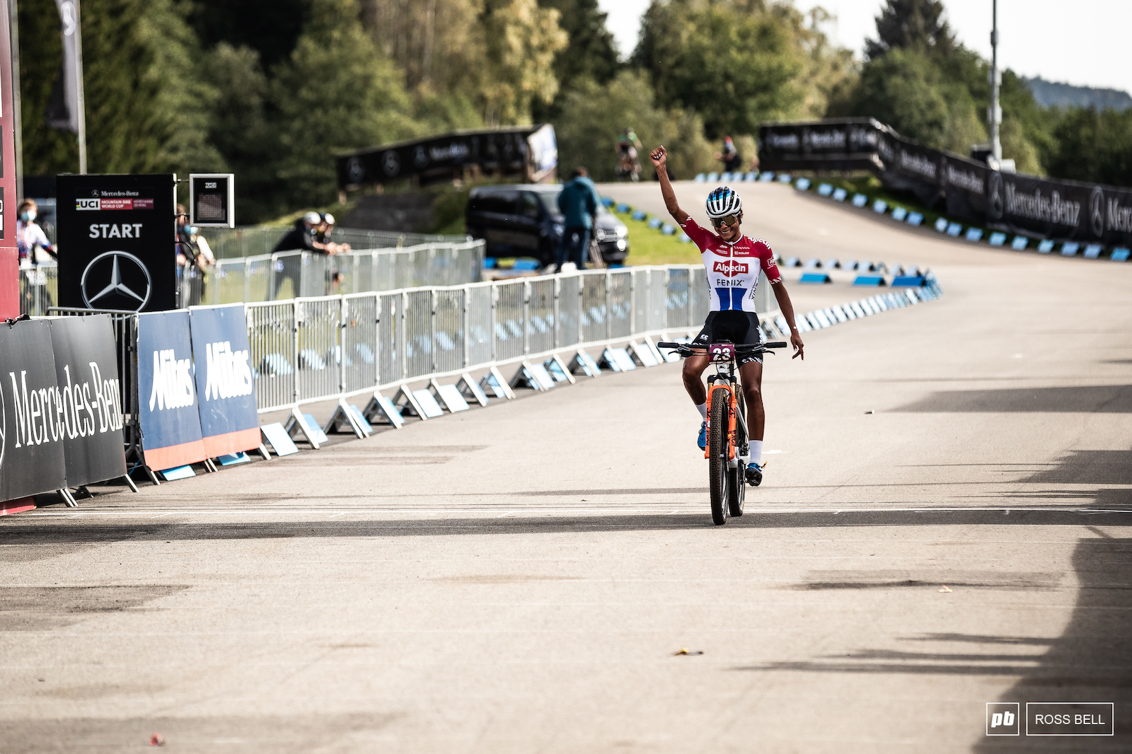 Ceylin Del Carmen Alvarado rode smart to close out the win comfortably.