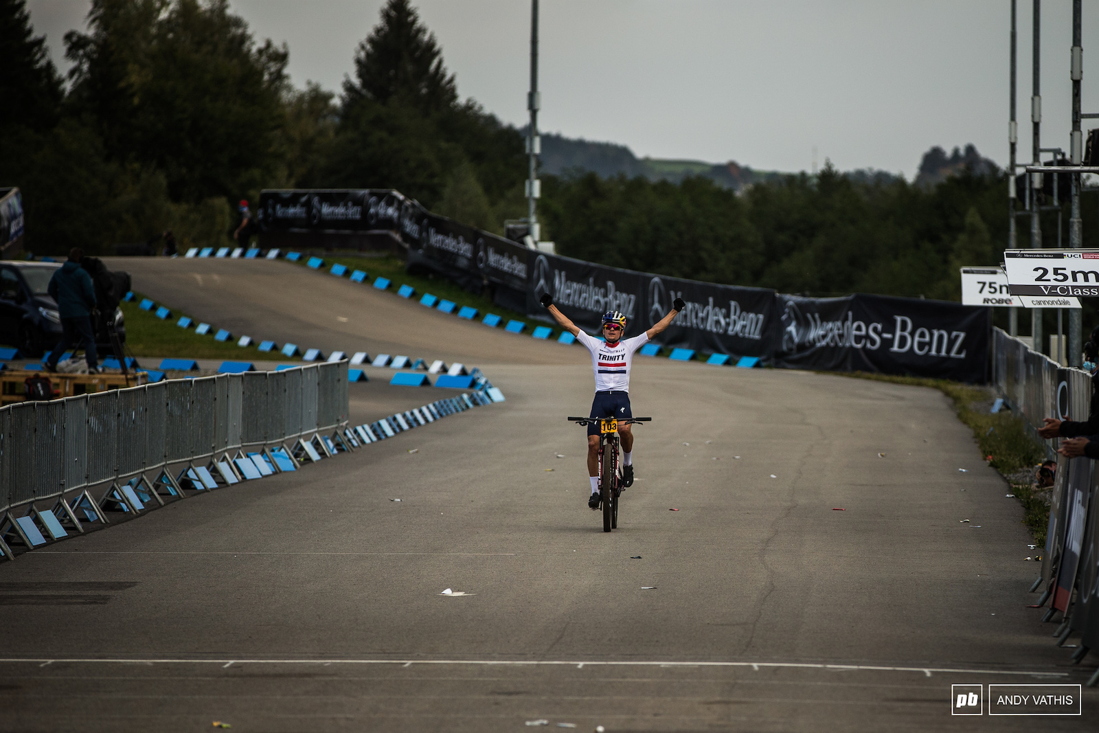 A clean sweep in Nove Mesto for Pidcock. Incredible racing from this young man.