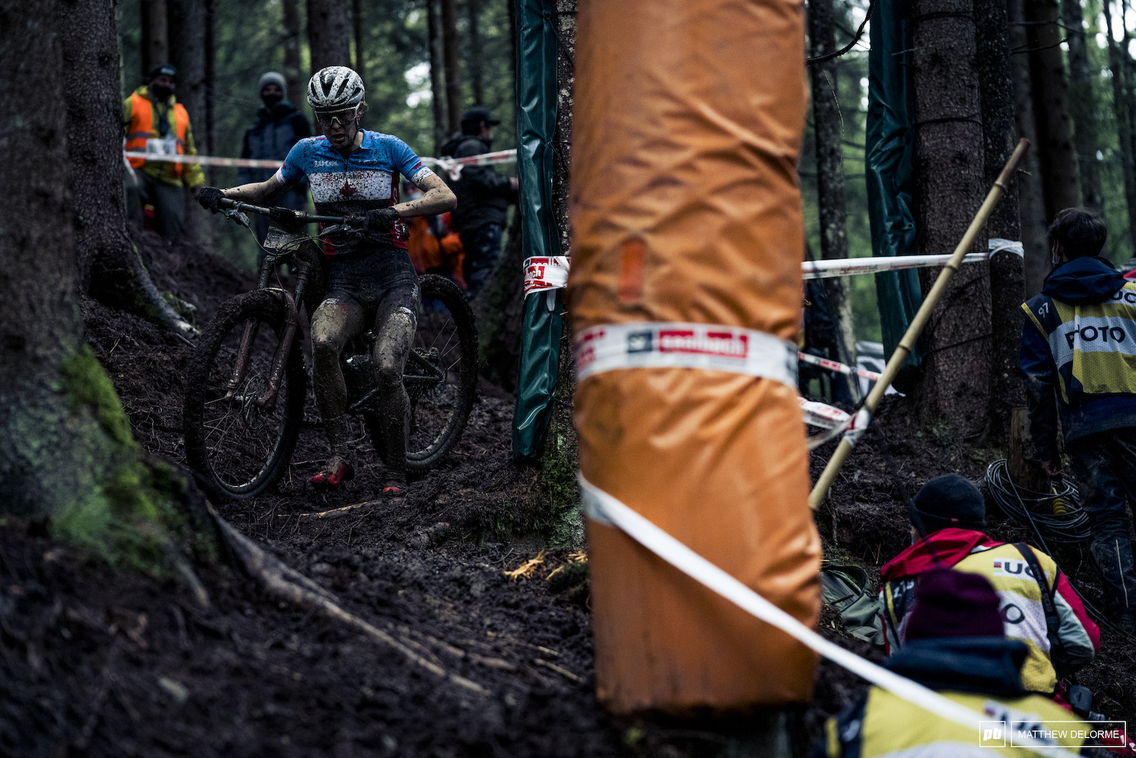 Maghalie Rochette took fifth for the women in E MTB.