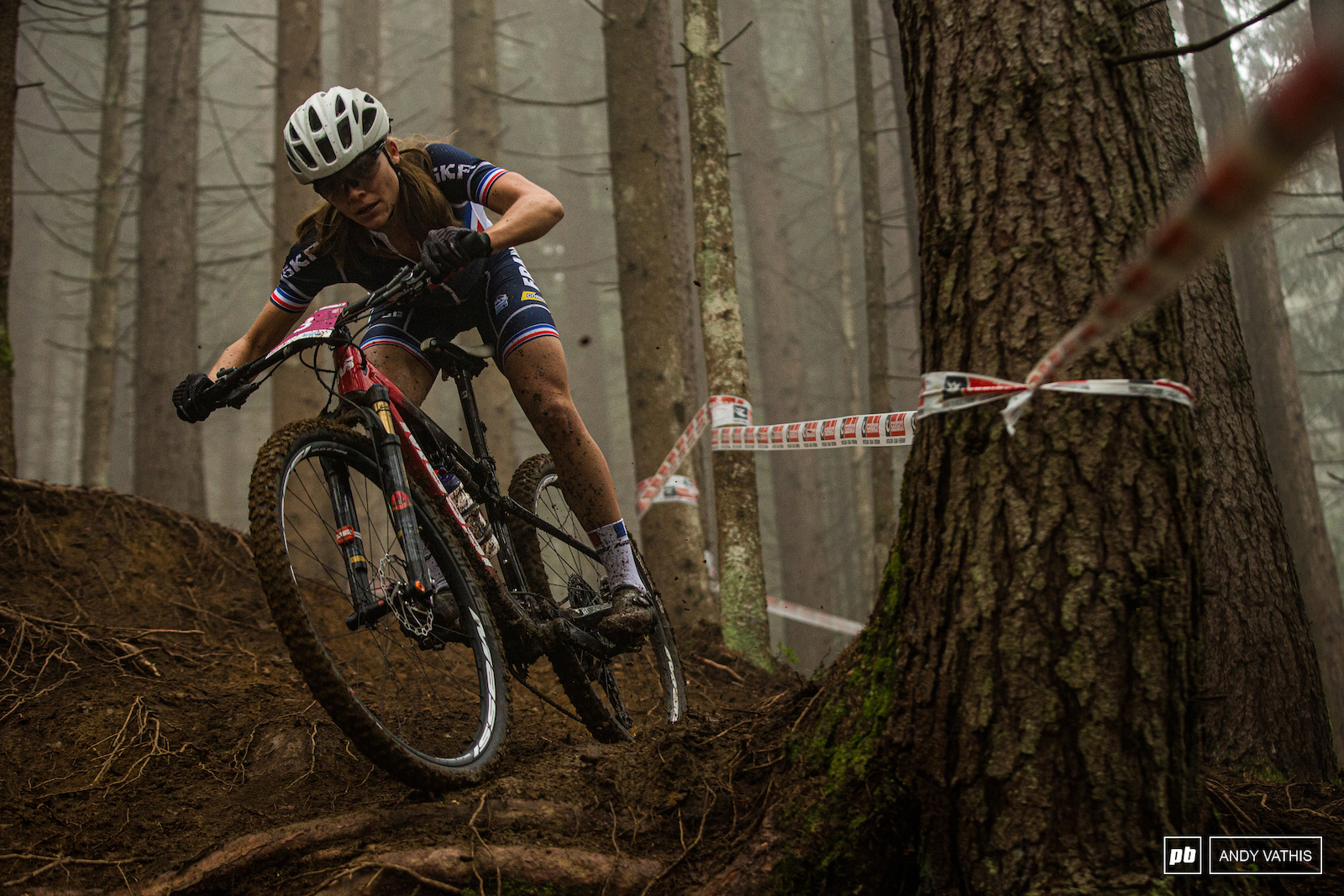 Loana Lecomte came out swinging and never looked back. The gap was just over a minute when she crossed the line.