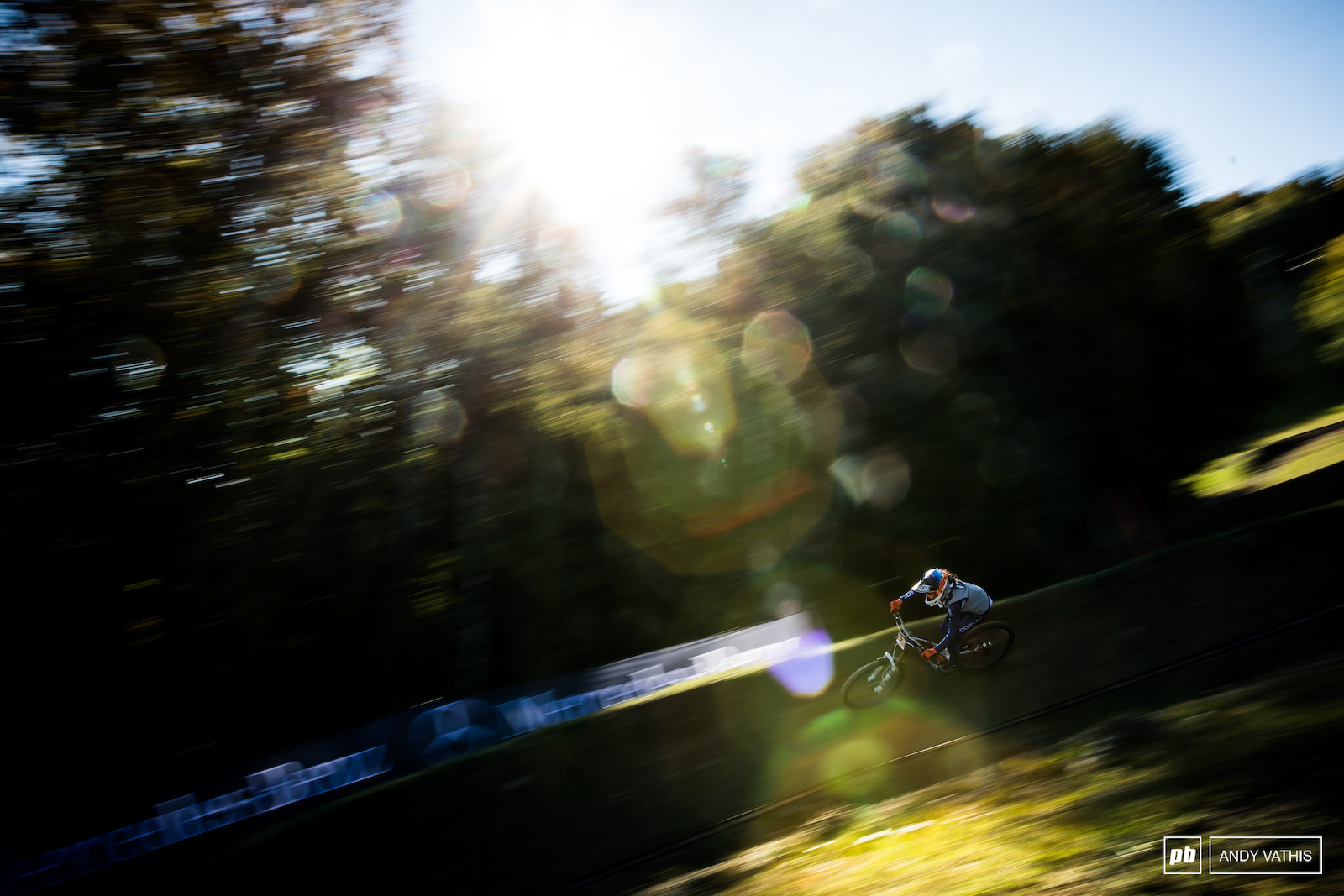 Camille Balanche looked on pace in this morning sun. The World Champ will be trying to back her performance from Leogang.