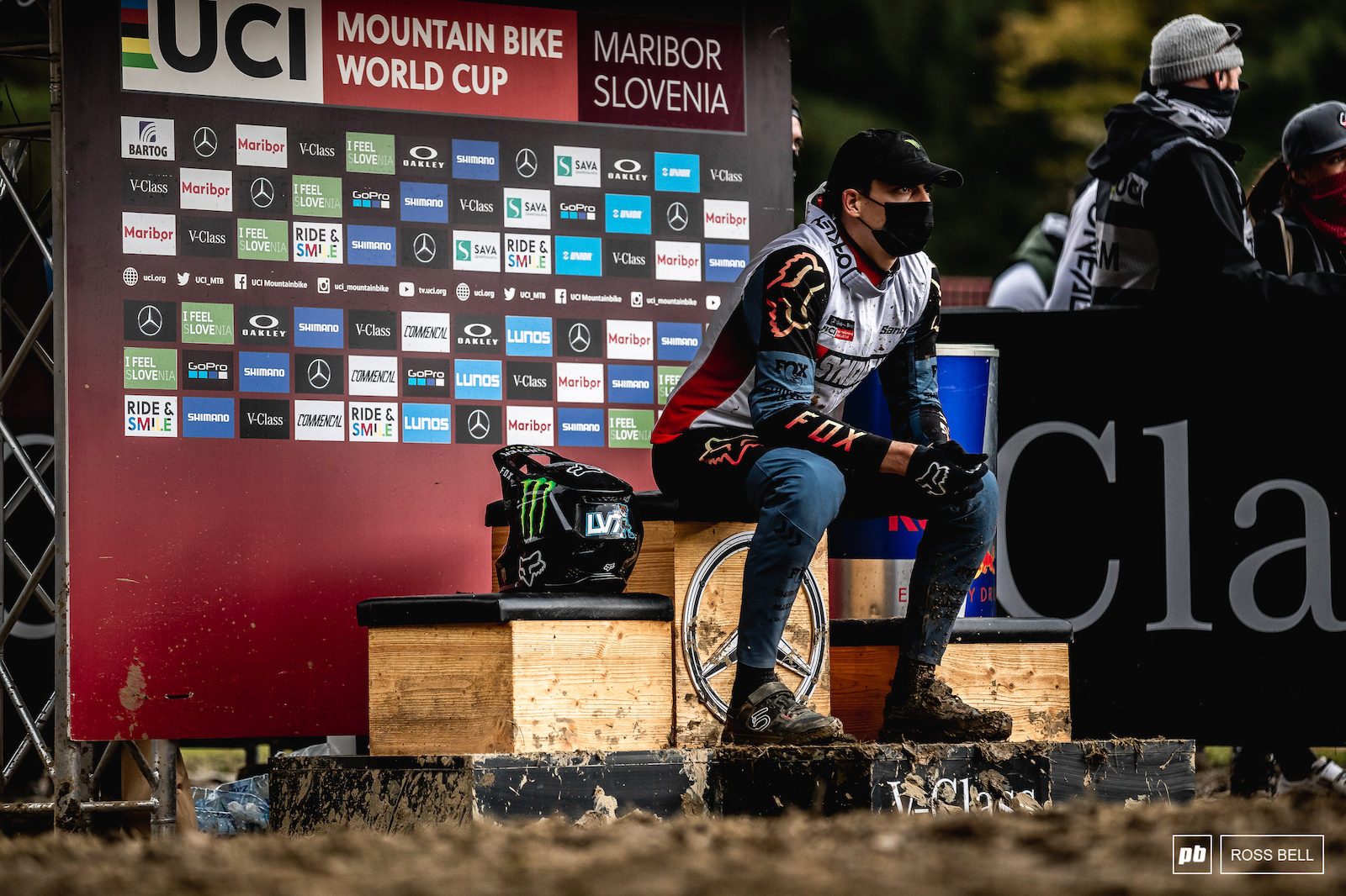 The nervous final moments for Loris Vergier as he awaits his fate. Win number 2 of the week.
