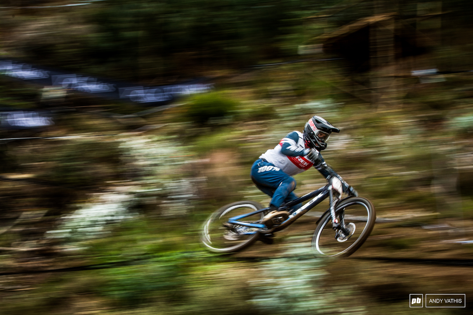 Kade Edwards holding it down for Trek this weekend and is doing a damn fine job of it.