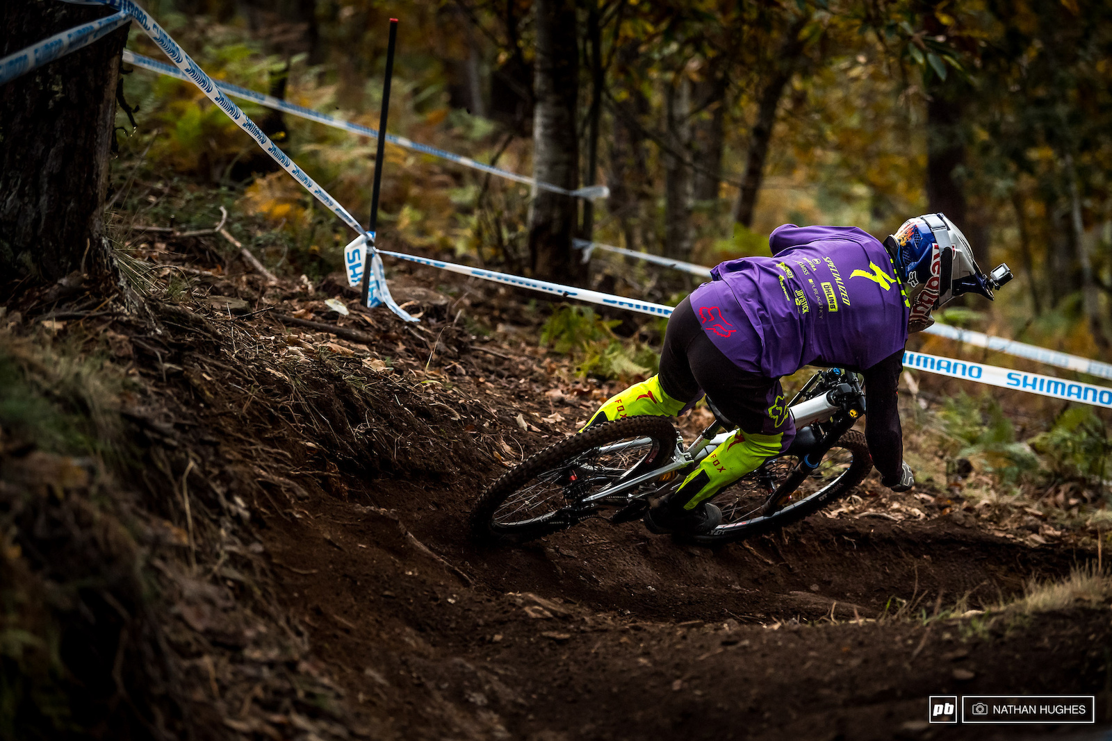 Finn Iles on pace and relishing the many line choices of the middle woods.