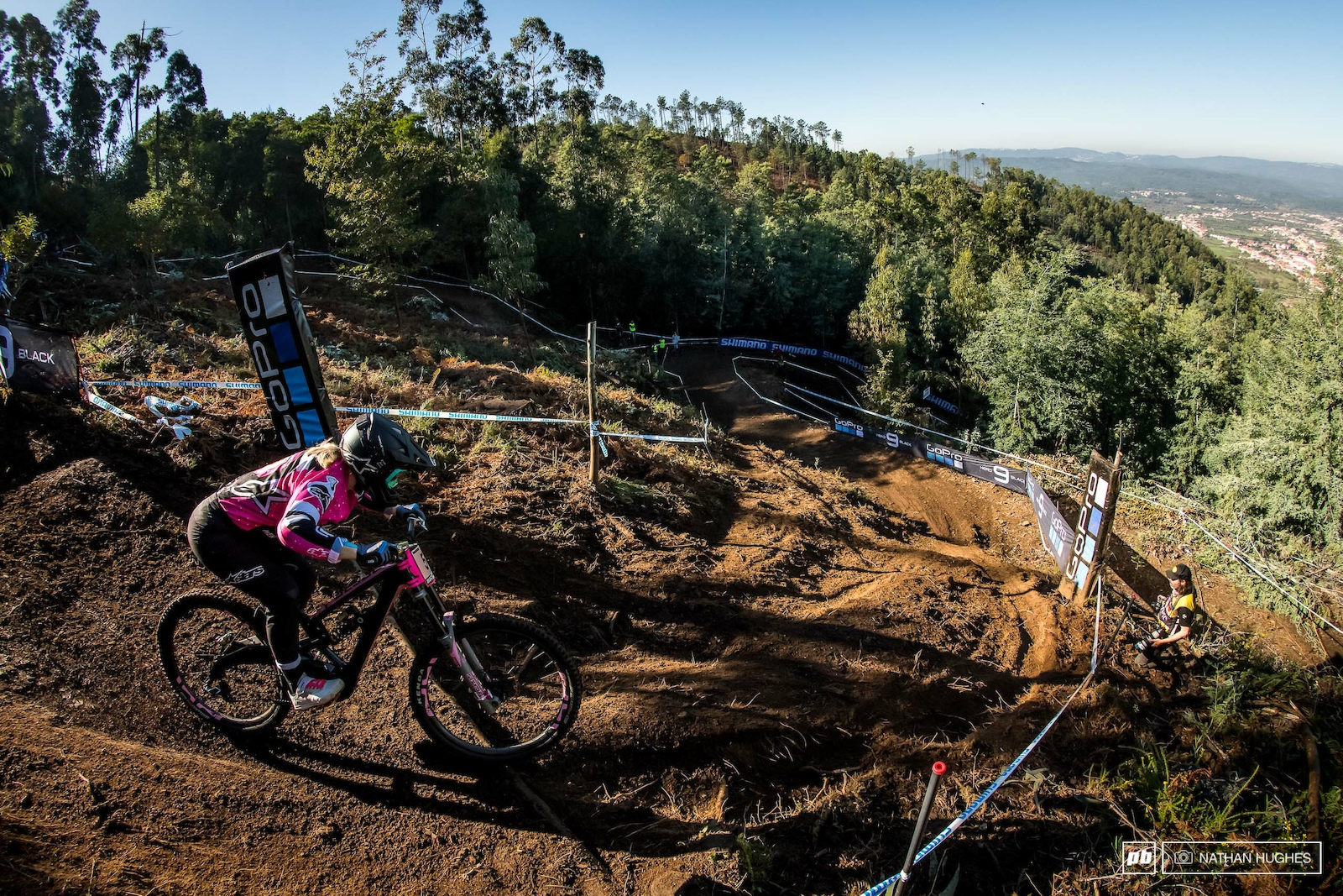 Tracey Hannah kept it safe and solid today but will porbably want a bigger score than 4th place on Sunday for her big WC send off run.