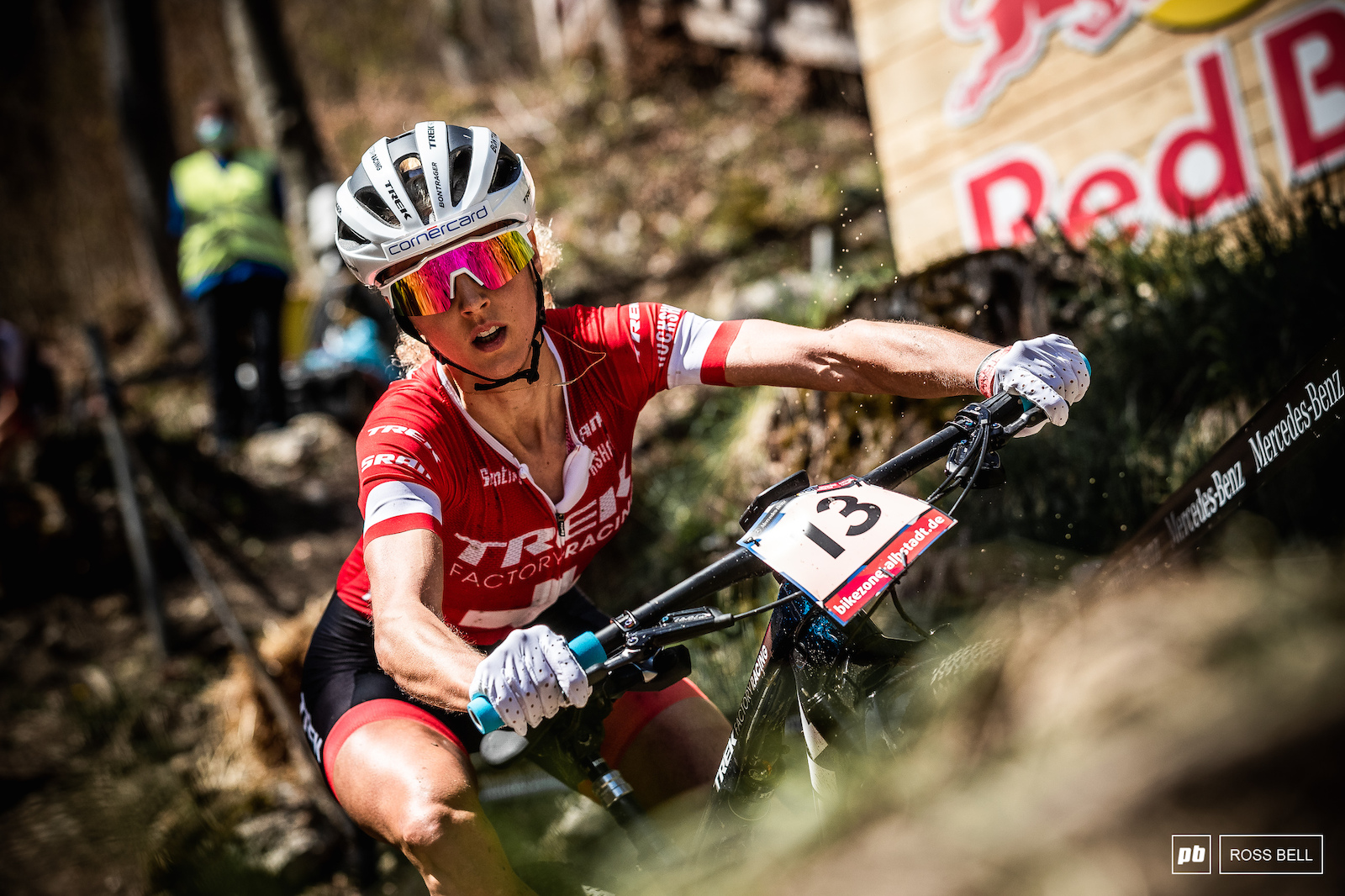Jolanda Neff is always one of the most exciting riders to watch when wheels are pointing down the hill.