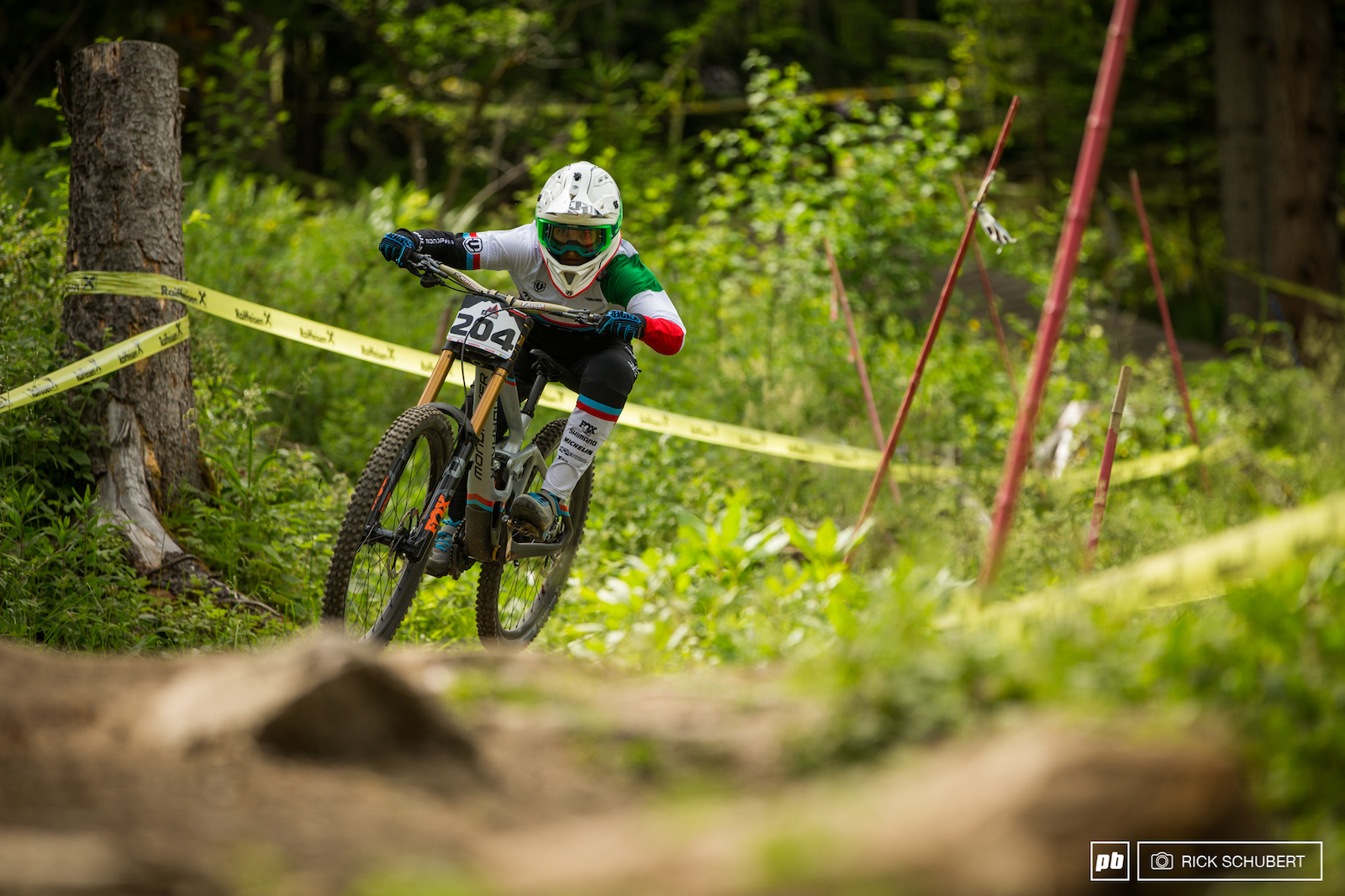 Eleonora Farina was always seen following her team mates of MS Mondraker in practice. She came in 5th