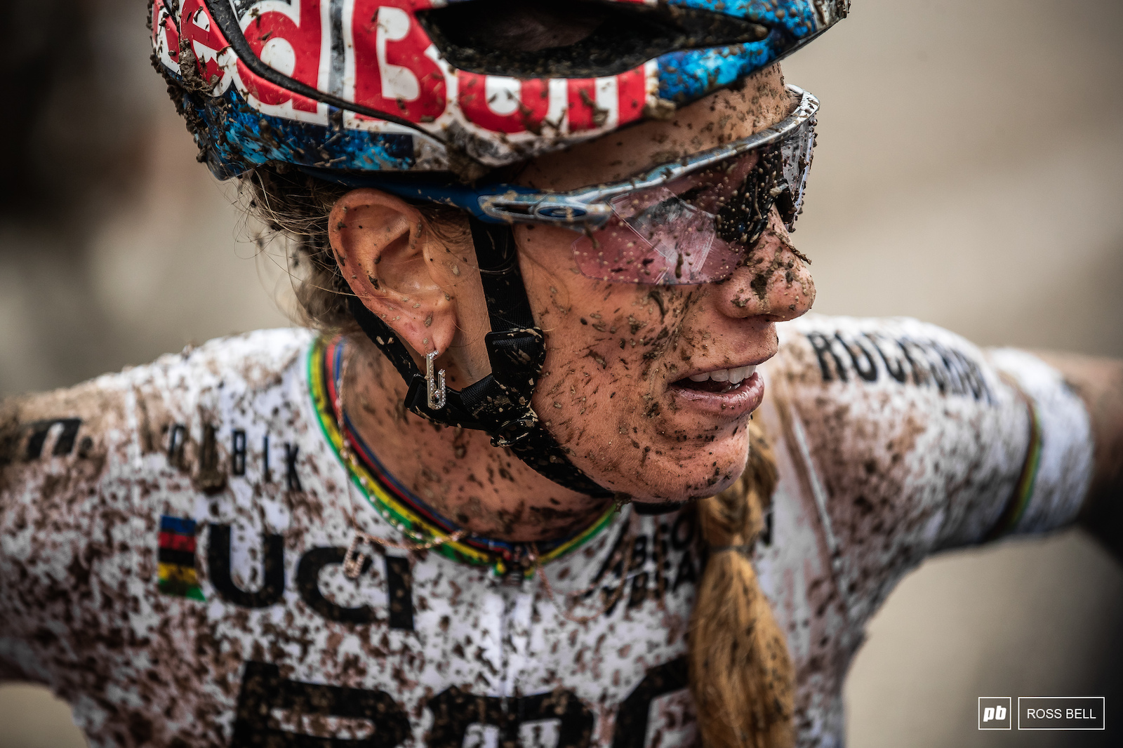 A tough battle out there today for Pauline Ferrand Prevot. She was rewarded with fourth for her efforts.