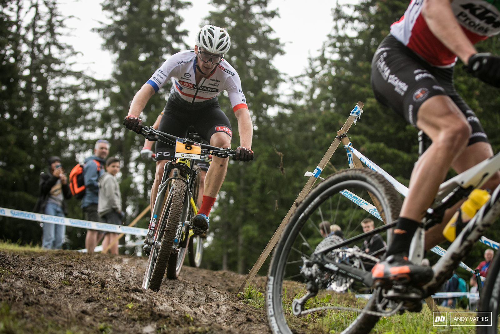 Second place for Martin Vidaurre Kossmann after clawing back a few places.