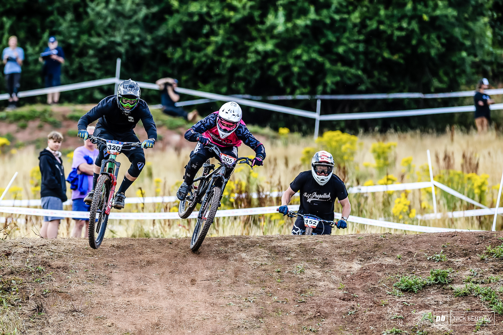 In one of the races of the day the comeback kid Scott Robets 9 years since his last 4X race on a enduro bike pushed Martin brown all the way to the final corner along with Simon Cheung But Martin Brown held on to take the Men s Masters British champion title.
