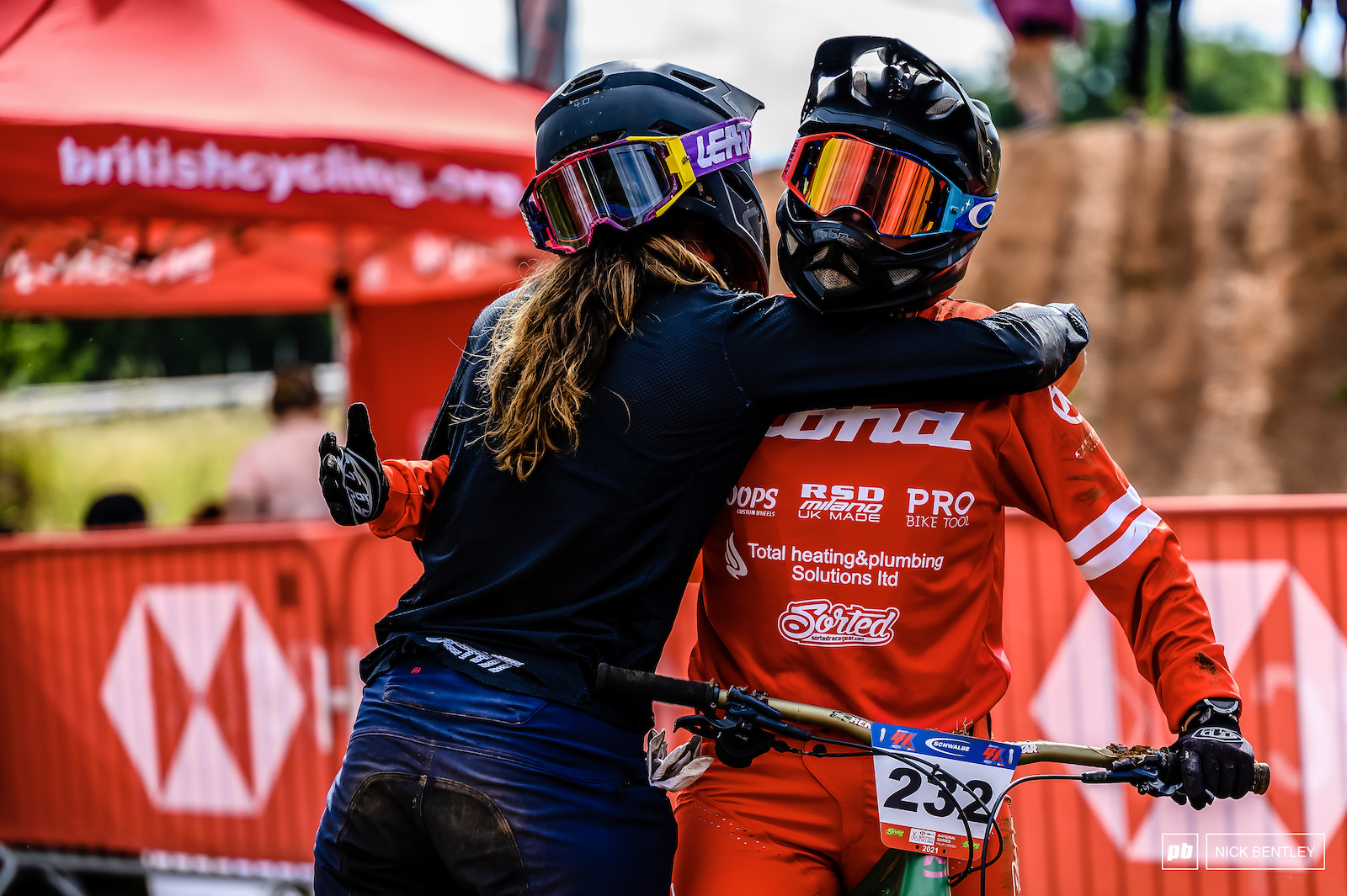 Another amazing moment this weekend between the riders. Josie Mcfall took a nasty crash in the women s final there was no celebrations from her fellow riders untill they sore her safely cross the line. Another fantastic example of the family atmosphere amounts the 4X riders