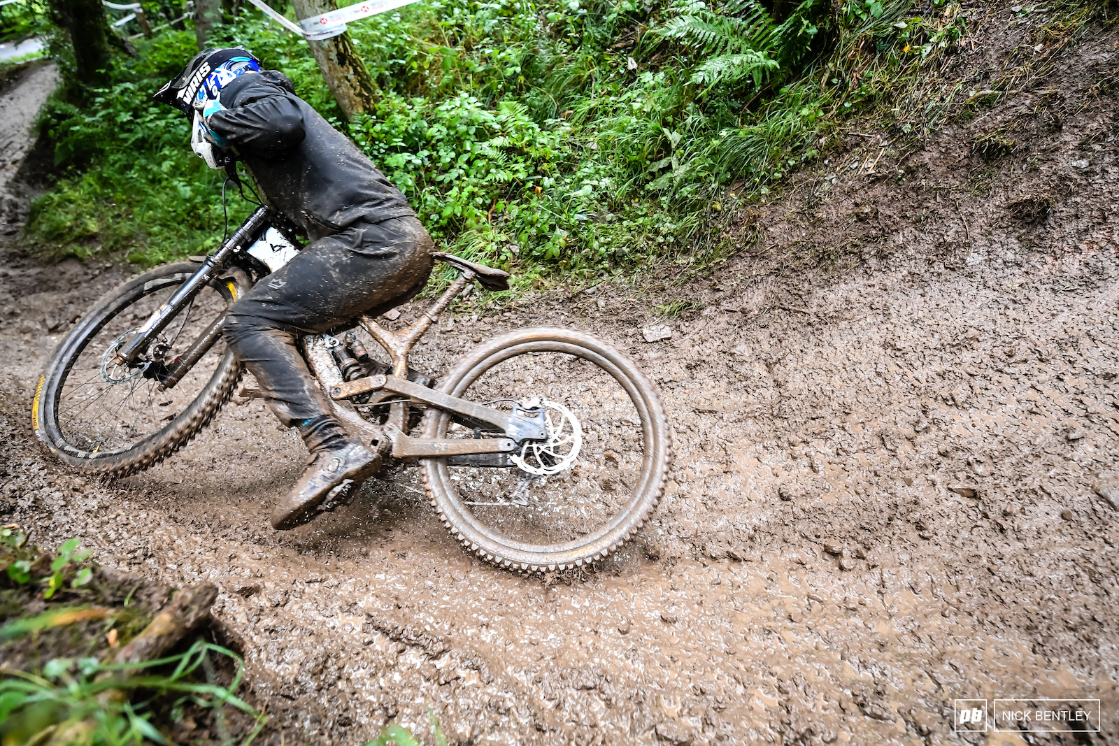 Stuart Jones somehow held on to this Who knew that riding off a muddy drop not clip in without any pins in your pedals your feet don t stay on the pedals still a respectable 7th place for Stu