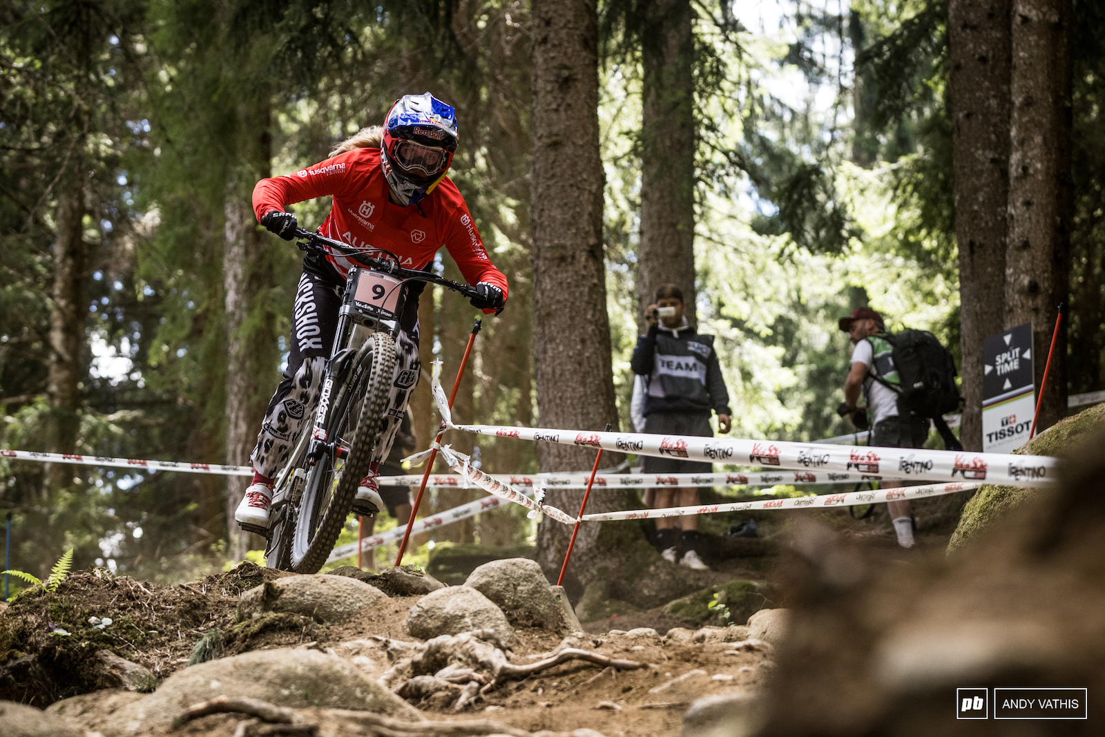 Vali Holl is your top Women s qualifier with Myriam Nicole hot on her heals. She s been everything but perfect on race day so far this year.