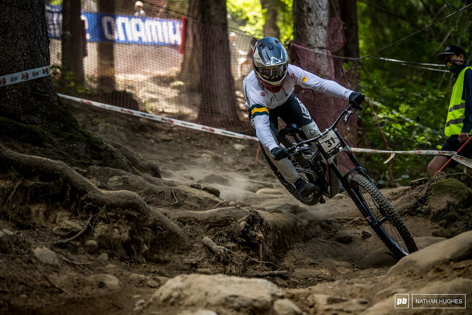Luke Meyer-Smith continues his rampage between the tape with 13th for qualies.