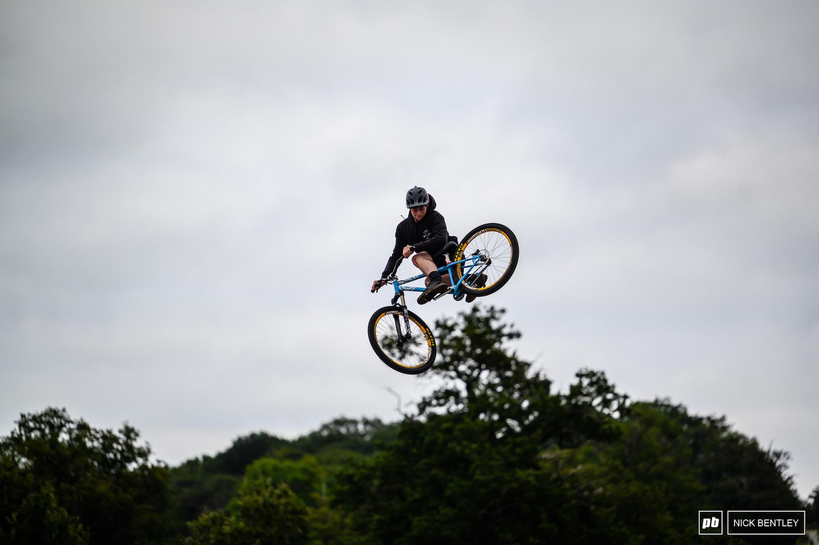 JJ Scott whipping as high as the treeline