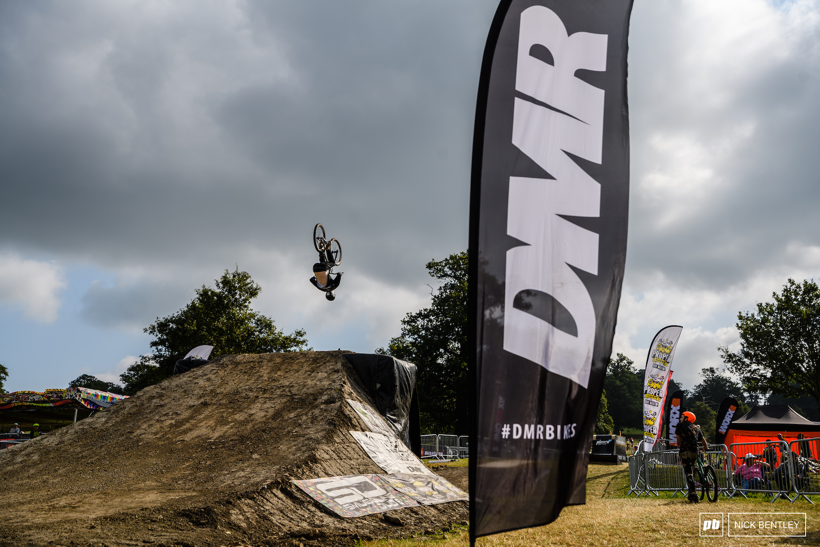 It s great to British Brand DMR supporting the DirtWars series once again. Without brands supporting these events they just simply wouldn t happen
