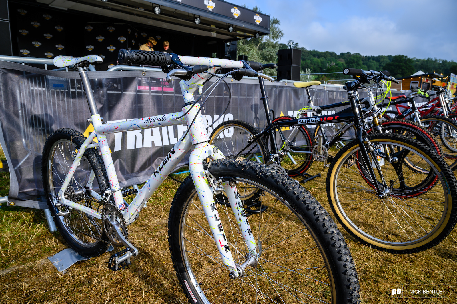 There s something about white bikes that just looks amazing well before they get muddy
