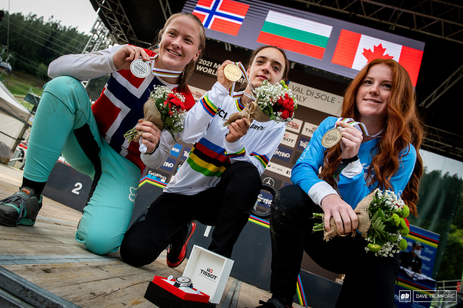 Izabela Yankova Kine Haugom Gracey Hemstreet with the gold silver and bronze medals for the Junior Women