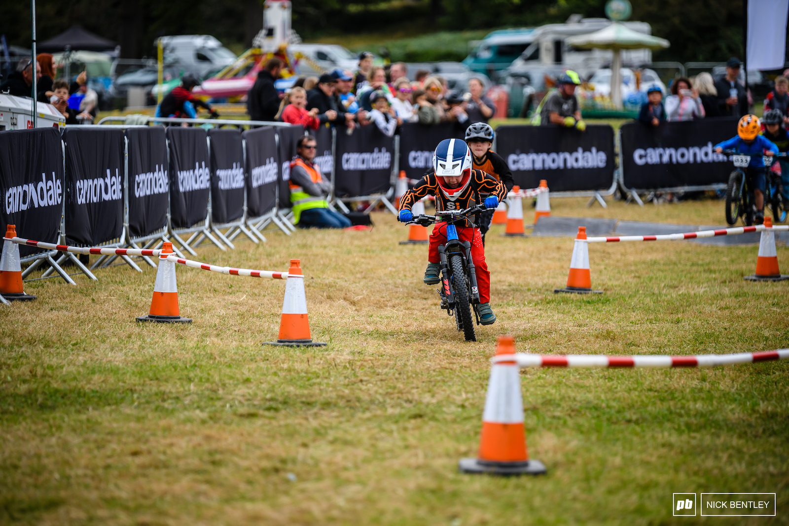 Powering through twists and turns to the finish line in the 4X Quad Eliminator