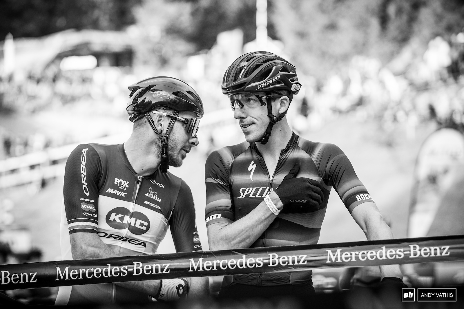 Victor Koretzky and Jordan Sarrou having a chat before the start.