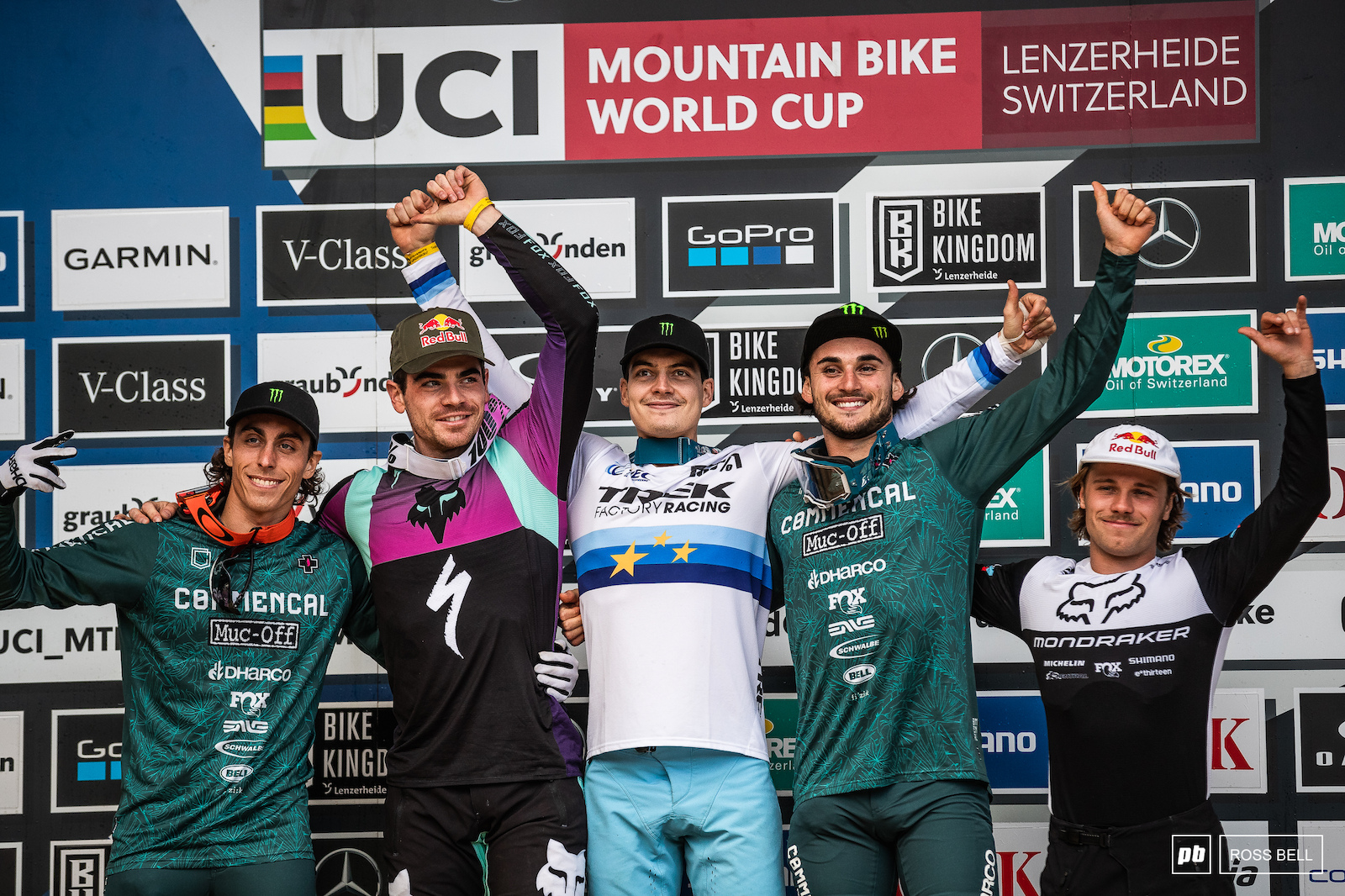Your top 5 elite men 1st Loris Vergier 2nd Loic Bruni 3rd Thibaut Daprela 4th Amaury Pierron 5th Laurie Greenland.