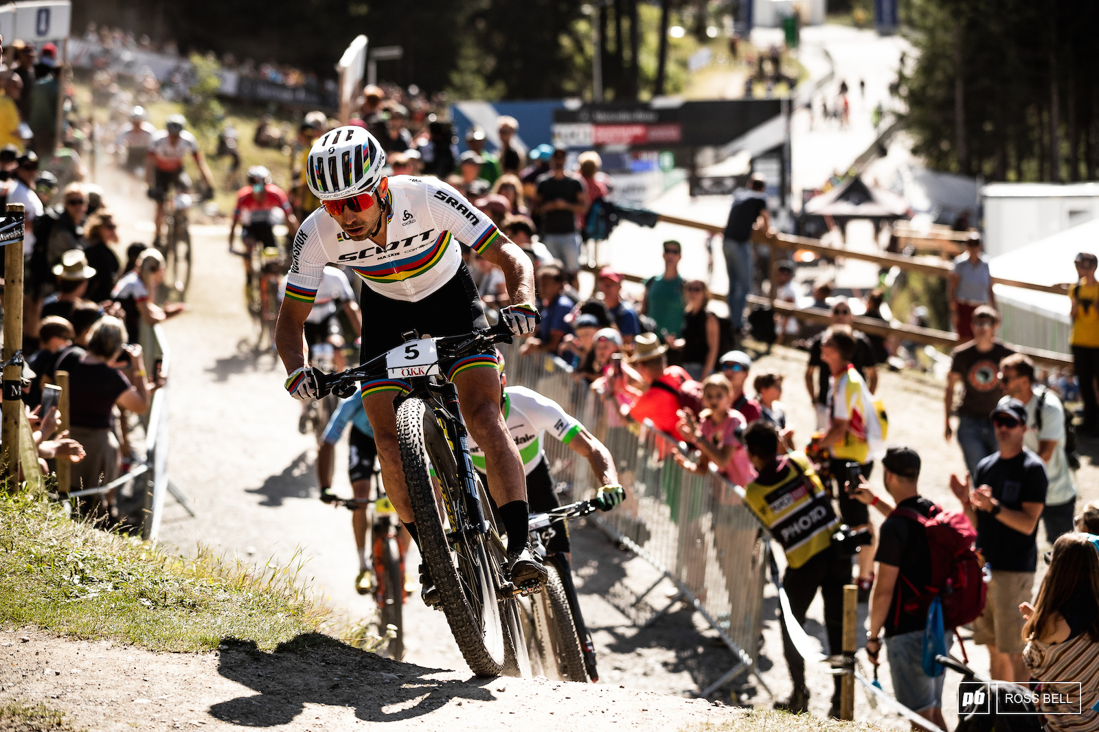 Nino Schurter takes control at the front of the pack.