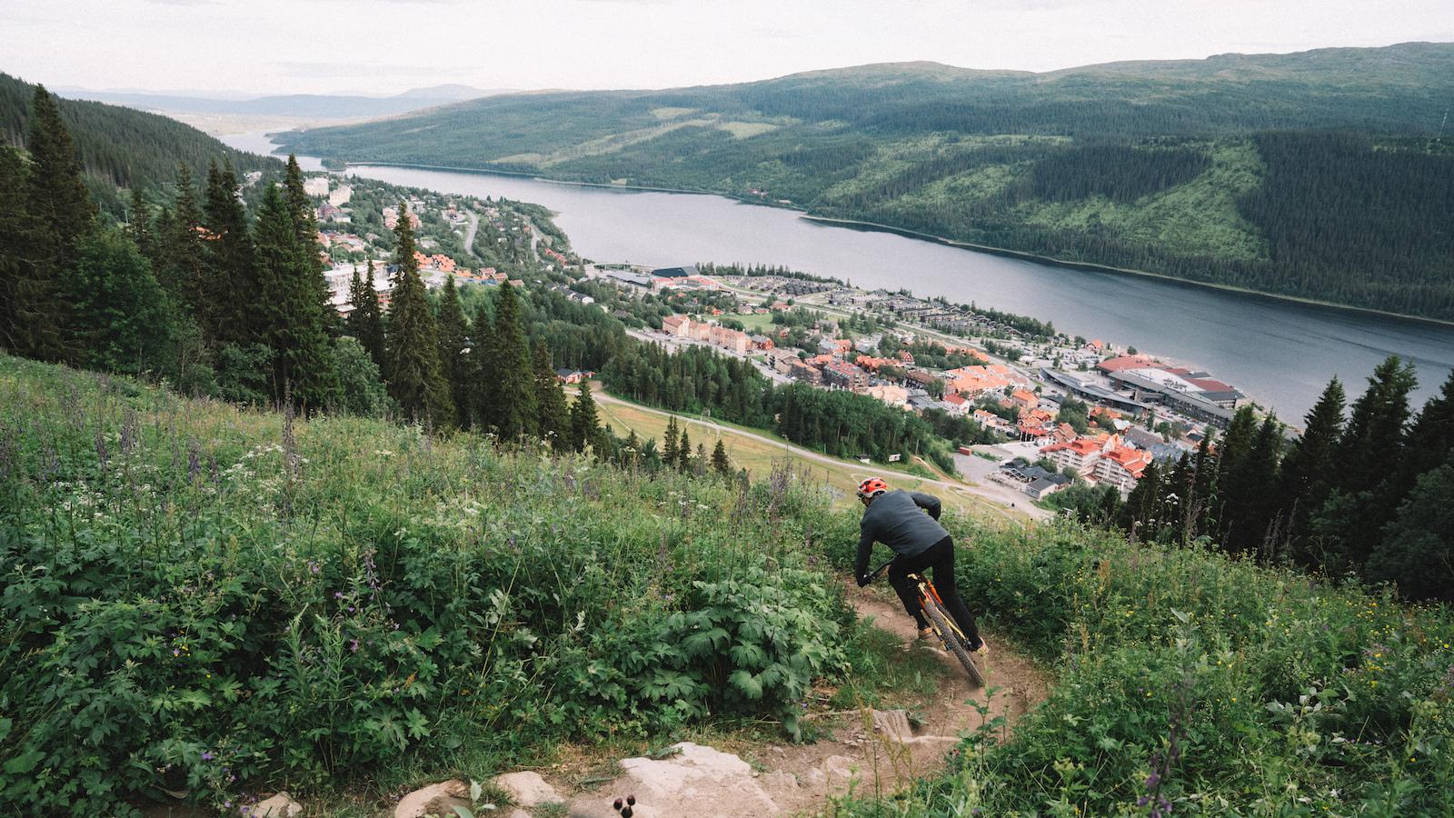 Photo Emrik Jansson