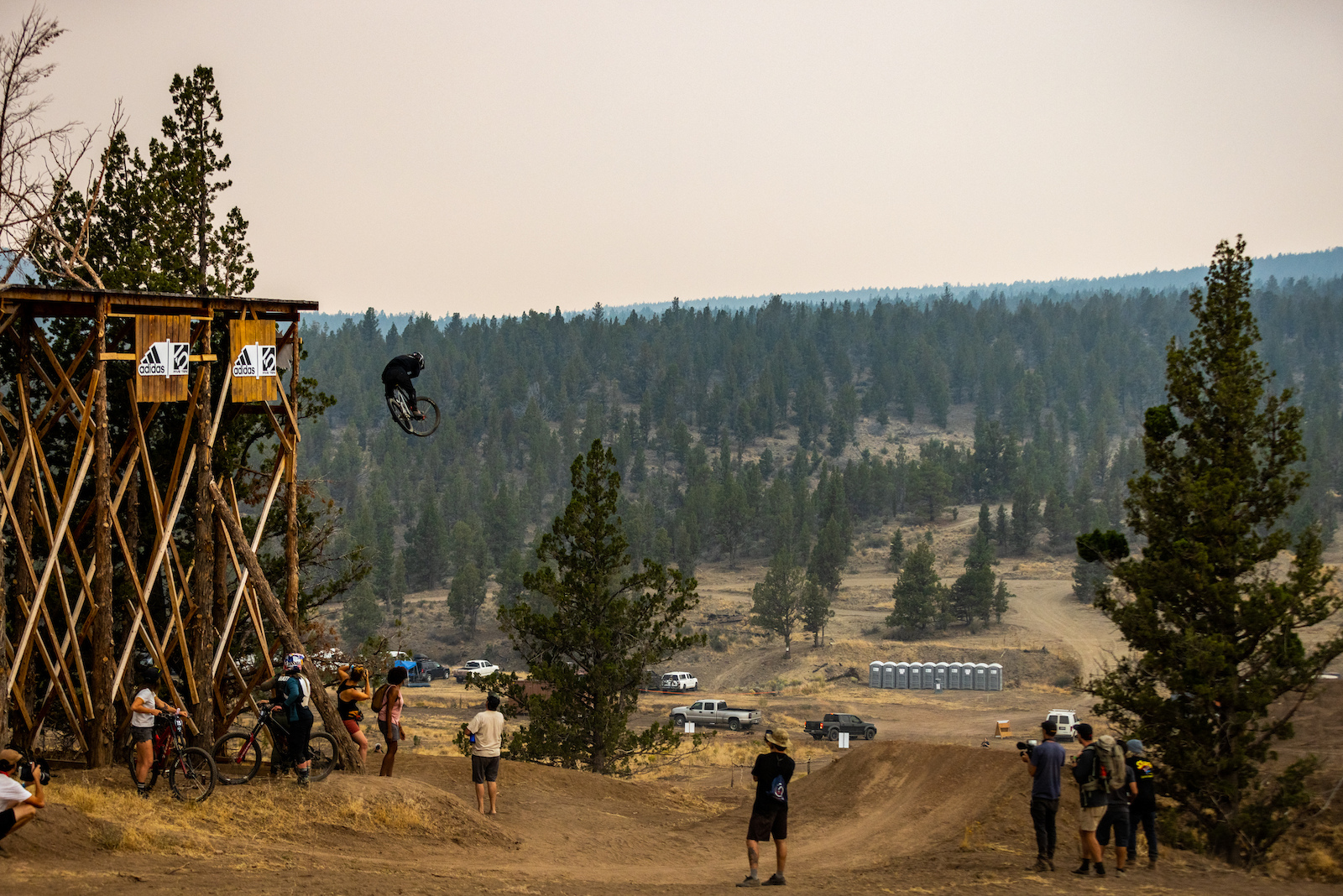 Johnny was one of the first to drop the largest drop on course he did it perfectly. No surprise there.