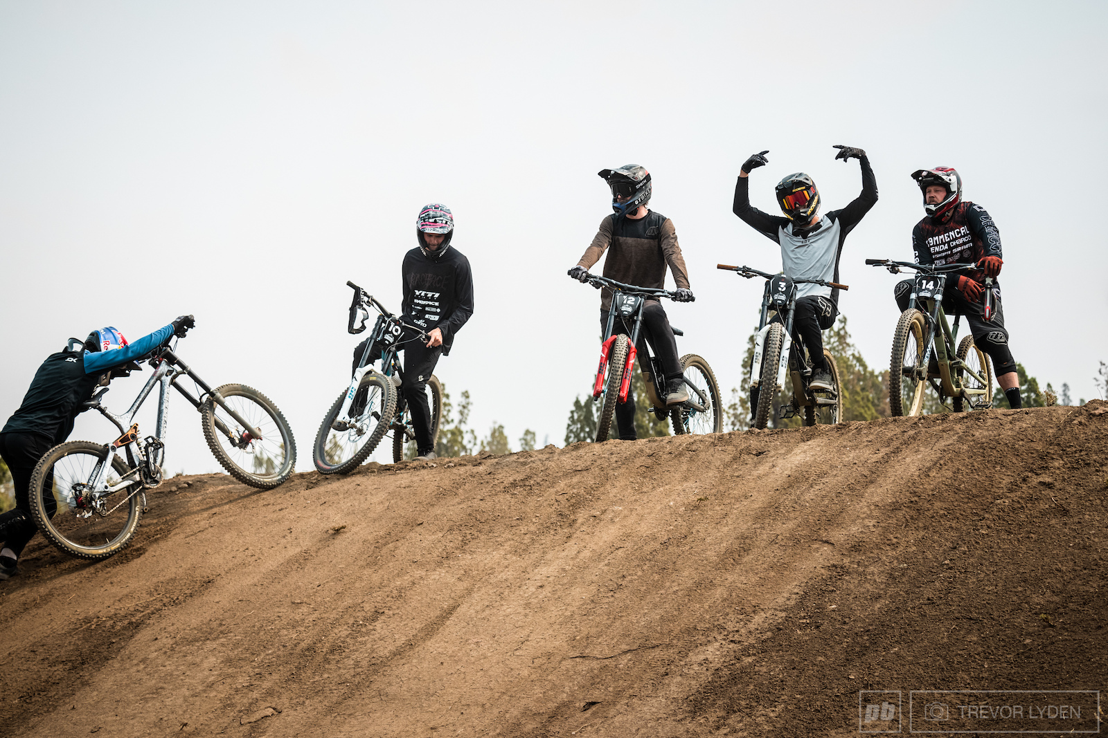 Jam session on the lower jump feature.