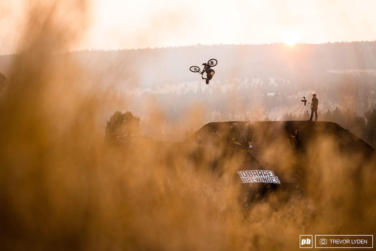 Brandon Semenuk showed up to ride with the crew and hang out for the evening.