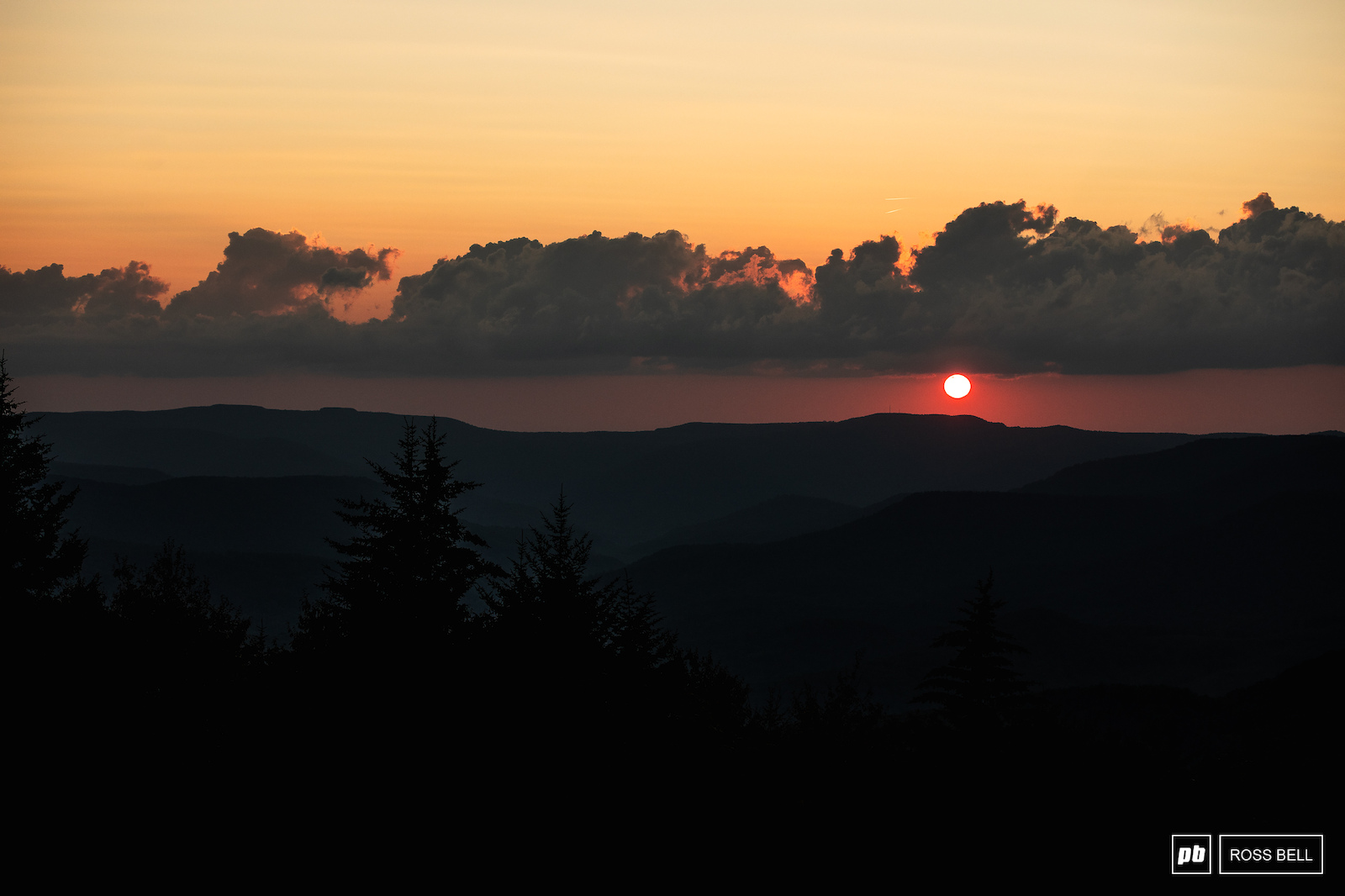 The sun setting on another day of downhill action in Snowshoe.