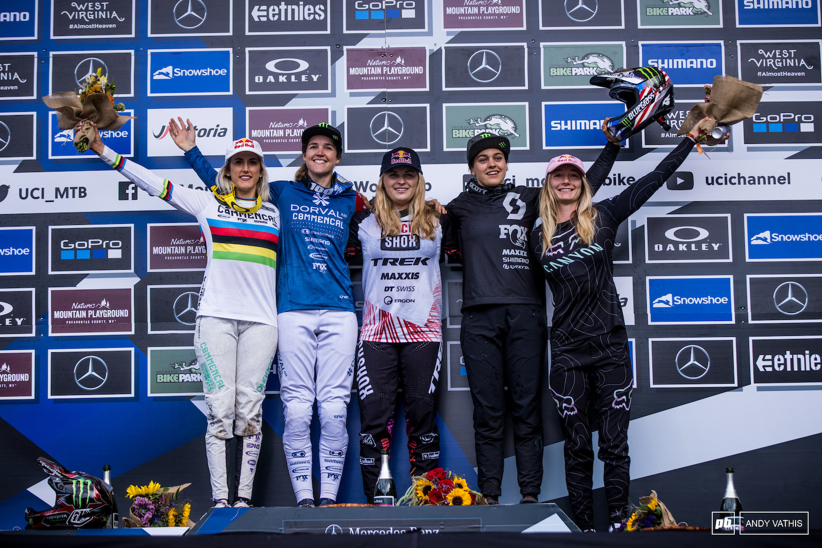 Your Women s Elite podium 1st Vali Holl 2nd Camille Balanche 3rd Marine Cabirou 4th Myriam Nicole and 5th Tahnee Seagrave