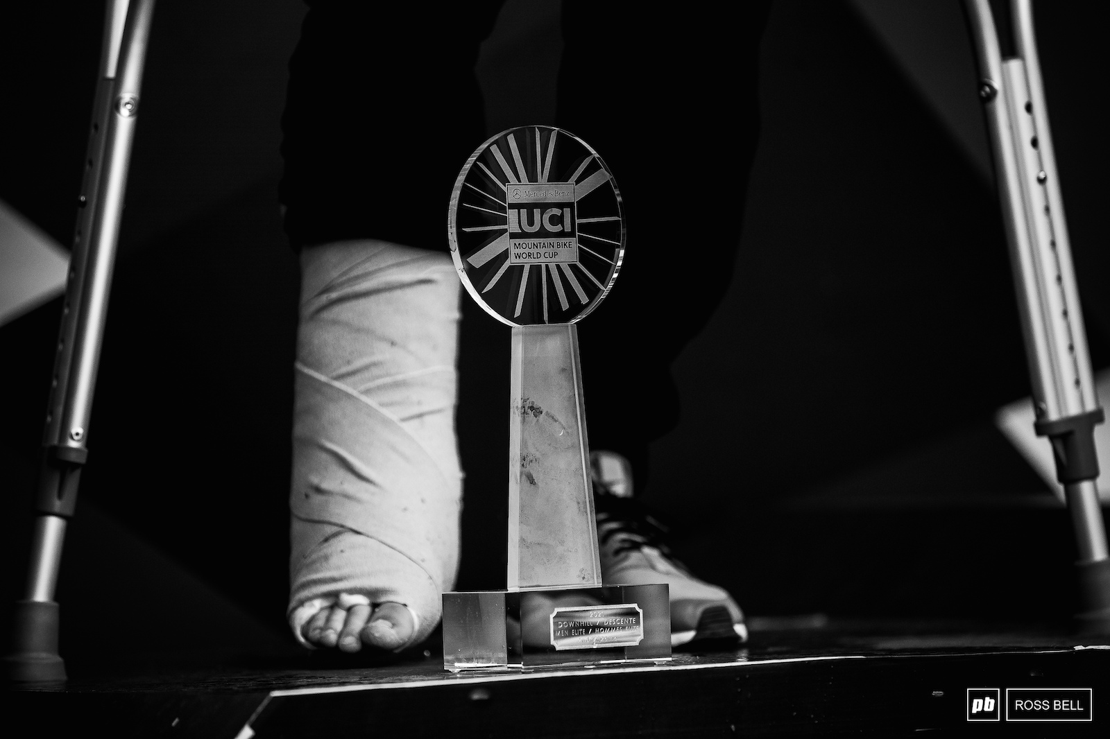 Thibaut Daprela made it up on to the overall podium despite his broken foot.