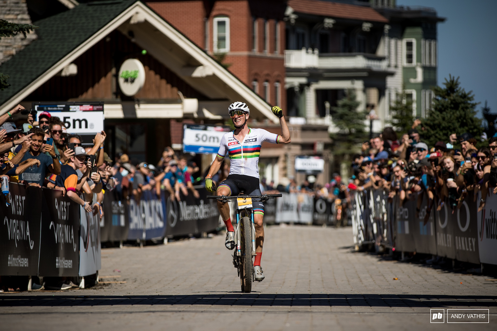 Martin Vidaurre Kossmann takes the win and the overall here in Snowshoe.