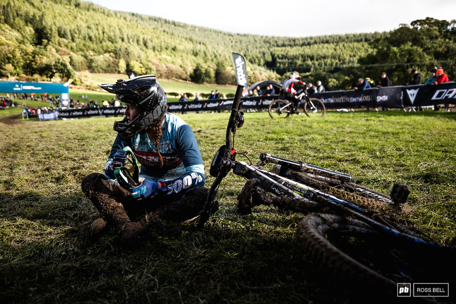 Hattie Harnden waits nervously for the finals riders having led into the last stage.