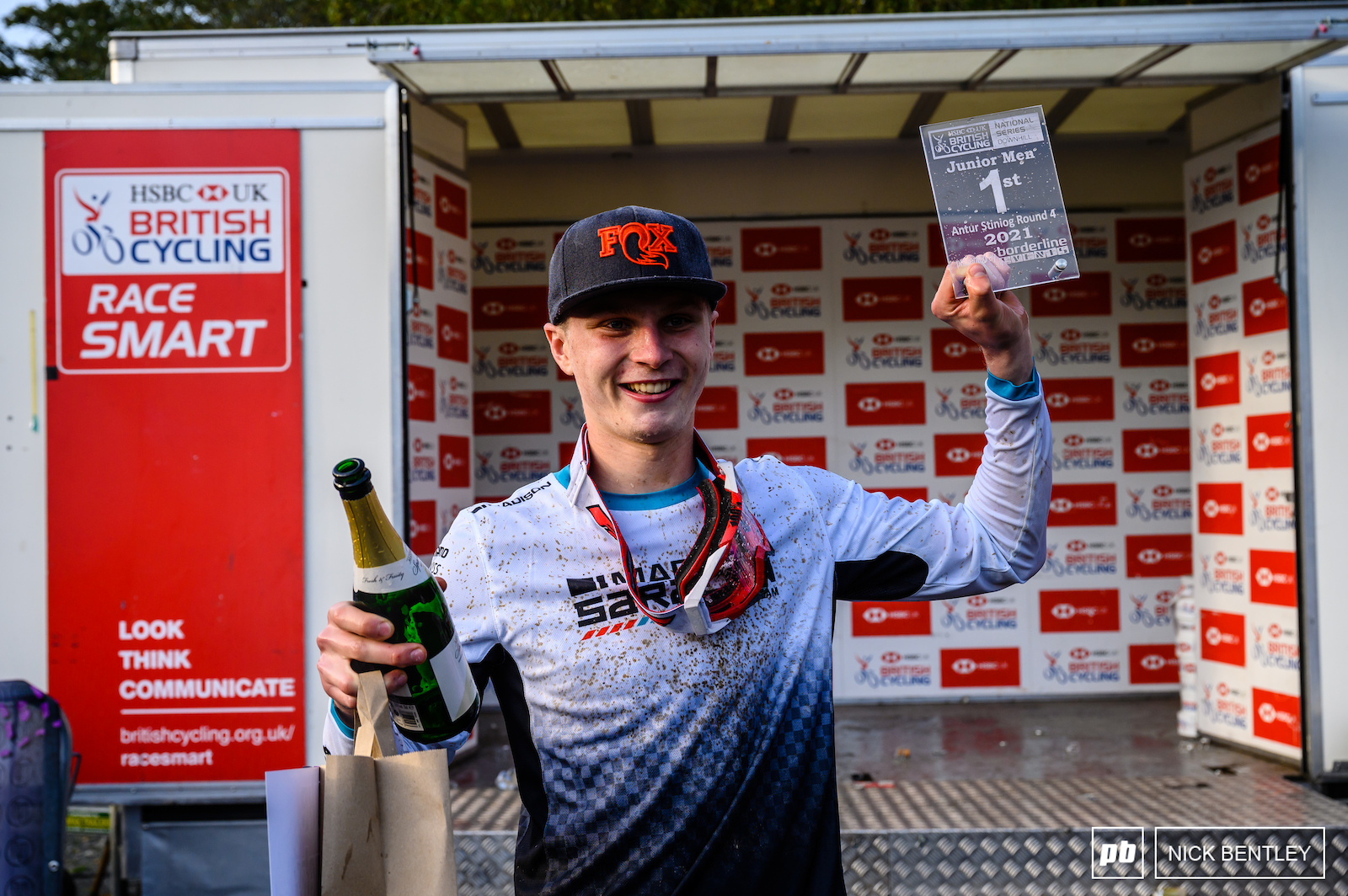 Jordan Williams backing up his first place at the World Cup with a National Series race win and taking home the overall Series Title - not a bad few weeks for the Madison Saracen Rider