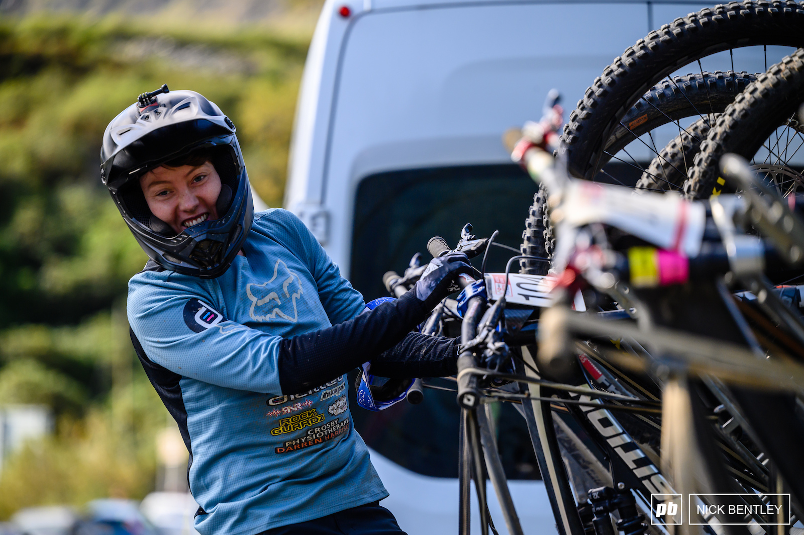 It s not easy to put your bike on the uplift trailer when you re as small as Stacey Fisher