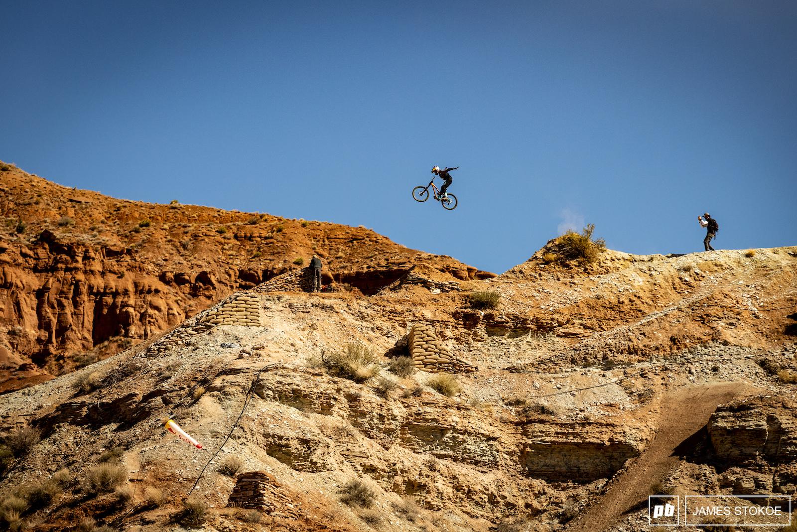 Szymon Godziek with a suicide no hander along the ridge.